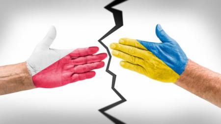 Столкновение украинской амнезии и польской спеси: что показала дипломатическая война