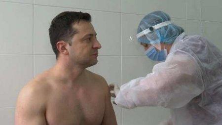 Зеленского уличили вфальшивой вакцинации (ВИДЕО)