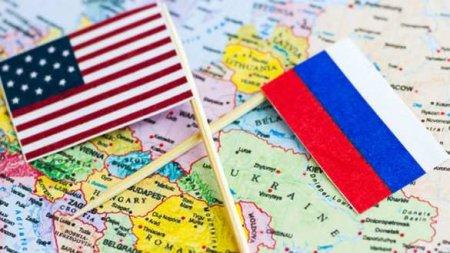 На фоне обострения на Донбассе главы Генштабов России и США провели секретн ...