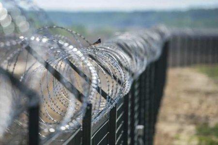Глава Госпогранслужбы Украины рассказал о рвах и башнях на границе с Россие ...