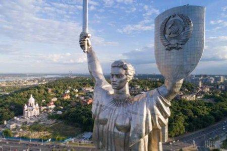 «Хочешь, чтоб язабыл, аяпомню»: потрясающая песня отукраинцев к9мая(ВИДЕО)