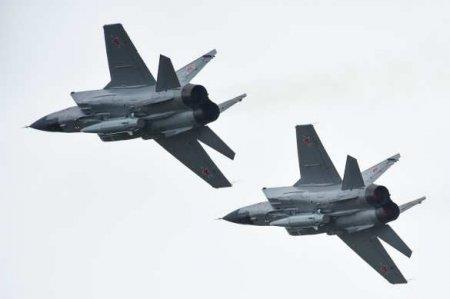 Россия впервые перебросила вСирию истребители МиГ-31 с гиперзвуковыми «Кинжалами»