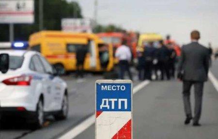 БТР протаранил маршрутку наюге России: есть погибшие (ФОТО, ВИДЕО)