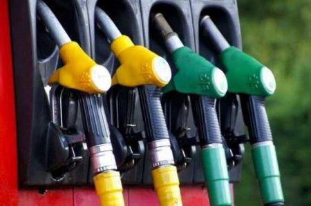 Вице-президент«Лукойла» рассказал, может либензин подешеветь до20руб. за литр