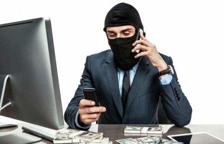 Известный писатель рассказал, какеготелефонные мошенники «из хохляндии» надуть пытались