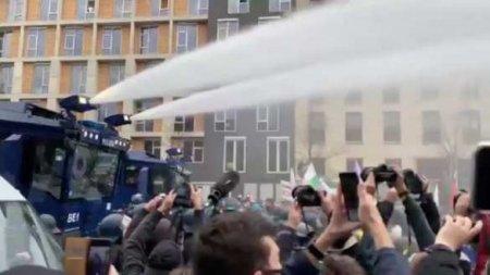 Вертолёты внебе надБерлином: немцы вышли протестовать против антиковидных ограничений (ФОТО, ВИДЕО)
