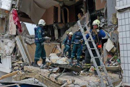 Под завалами жилого дома в Ногинске обнаружены тела молодых девушек