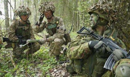 Солдаты НАТОранены на русофобских учениях в бывшей республике СССР